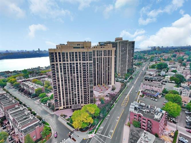 800 Palisade Ave 601, Fort Lee, NJ - USA (photo 1)
