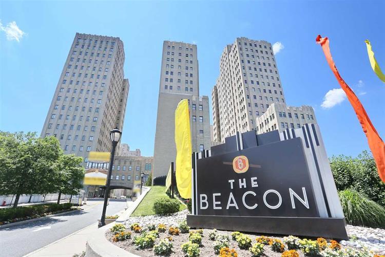 4 Beacon Way 310, Jersey City, NJ - USA (photo 1)