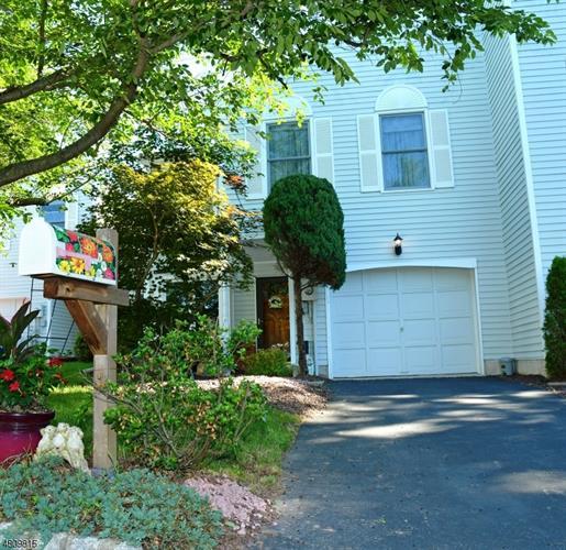 751 Vanessa Ln, Branchburg, NJ - USA (photo 1)