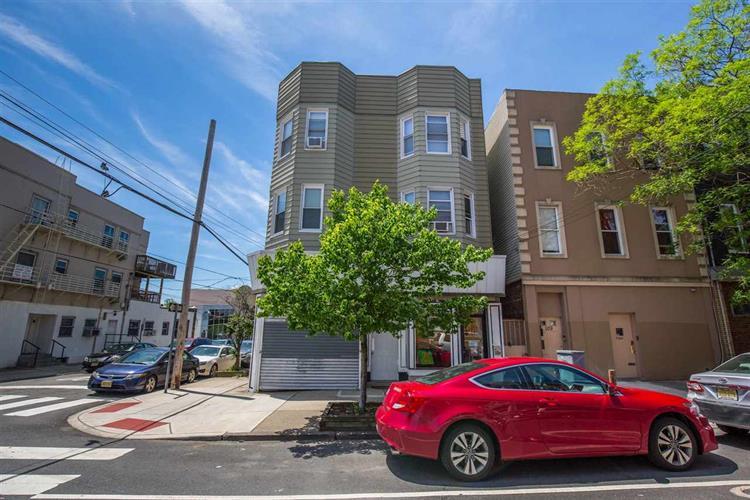107 Bowers St, Unit 2r 2r, Jersey City, NJ - USA (photo 1)