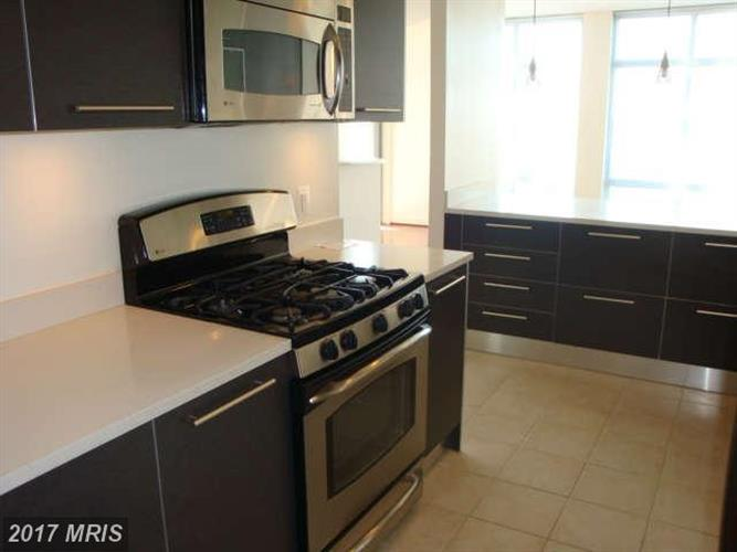11990 Market St #513, Reston, VA - USA (photo 5)