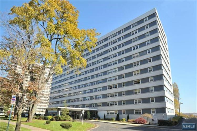 280 Prospect Ave 10-o, Hackensack, NJ - USA (photo 1)