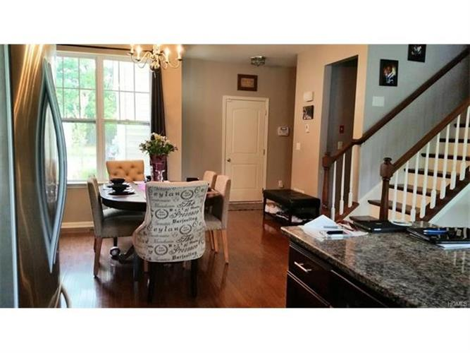19 Meadow View Drive, Middletown, NY - USA (photo 3)