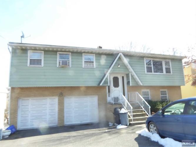 850 Edgewater Avenue, Ridgefield, NJ - USA (photo 1)