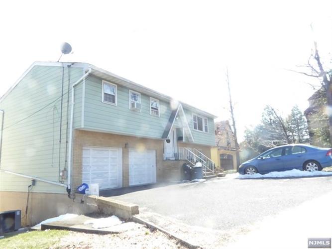 850 Edgewater Avenue, Ridgefield, NJ - USA (photo 3)