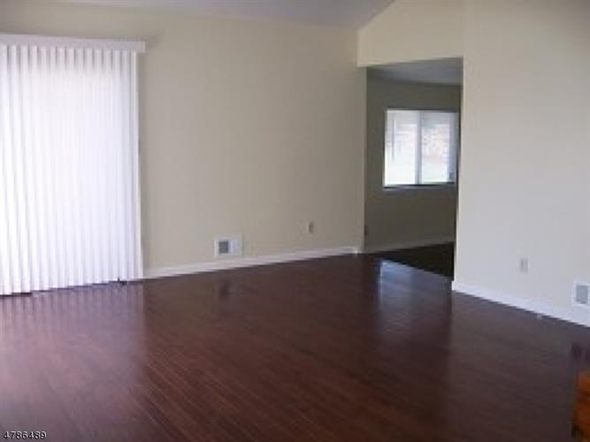 250 Ridgedale Ave, G-1, Florham Park, NJ - USA (photo 2)