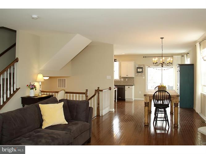 115 Carillon Hill Lane, Sellersville, PA - USA (photo 2)