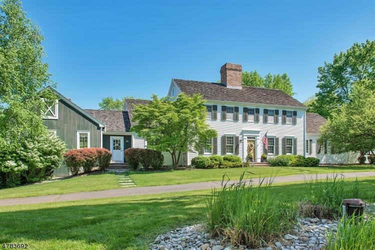 7 Barberry Row, Chester, NJ - USA (photo 2)