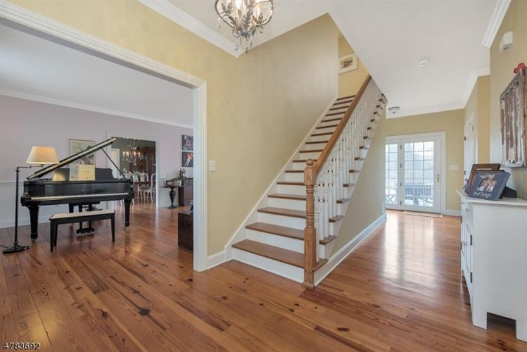 7 Barberry Row, Chester, NJ - USA (photo 3)