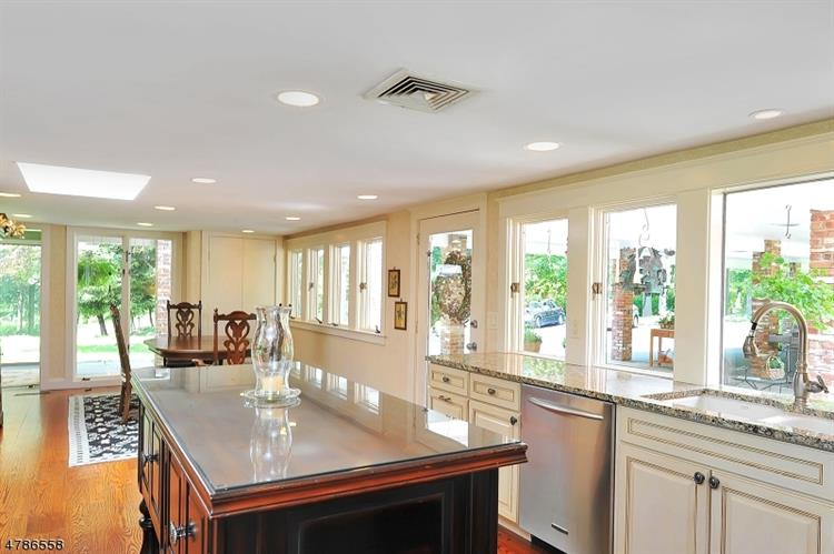 251 Claremont Rd, Bernardsville, NJ - USA (photo 3)