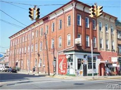670 Main Street, Slatington, PA - USA (photo 2)