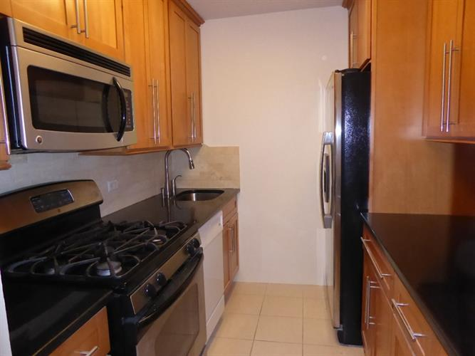 7000 Blvd East 20d, Guttenberg, NJ - USA (photo 4)
