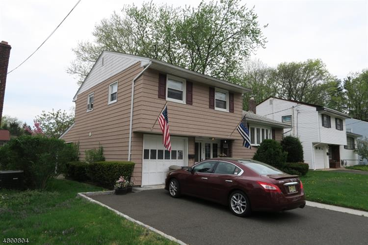 224 Holly Dr, Roselle, NJ - USA (photo 2)