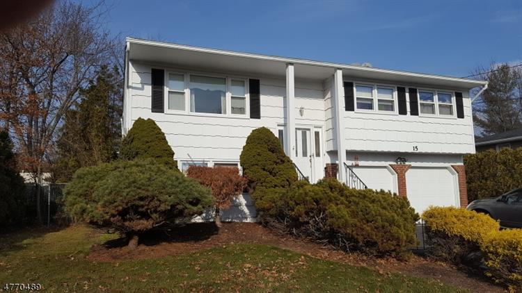 15 Brewster Pl, Mount Olive, NJ - USA (photo 1)