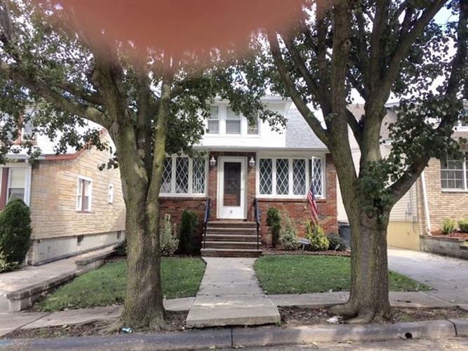 10 Raydol Ave, Secaucus, NJ - USA (photo 1)