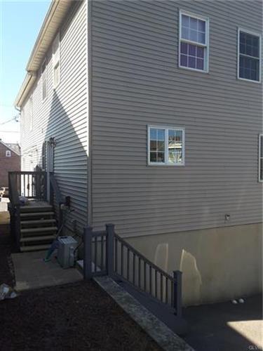 907 Main Street, Hellertown, PA - USA (photo 1)