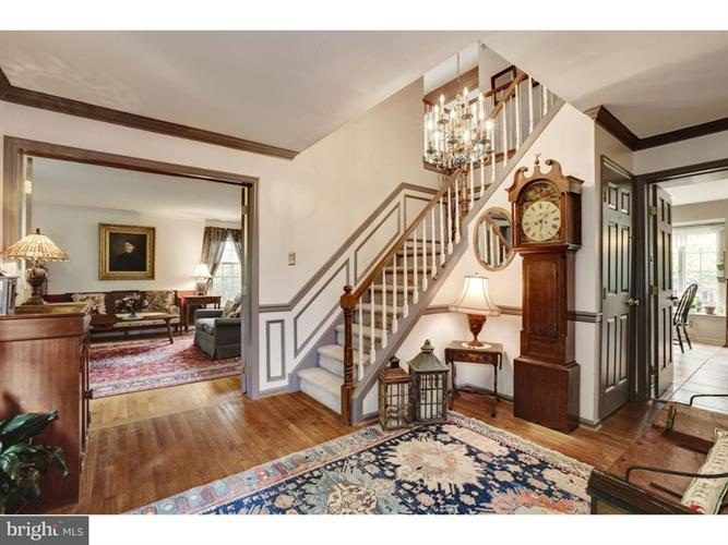 1020 Armstrong Court, Chesterbrook, PA - USA (photo 4)