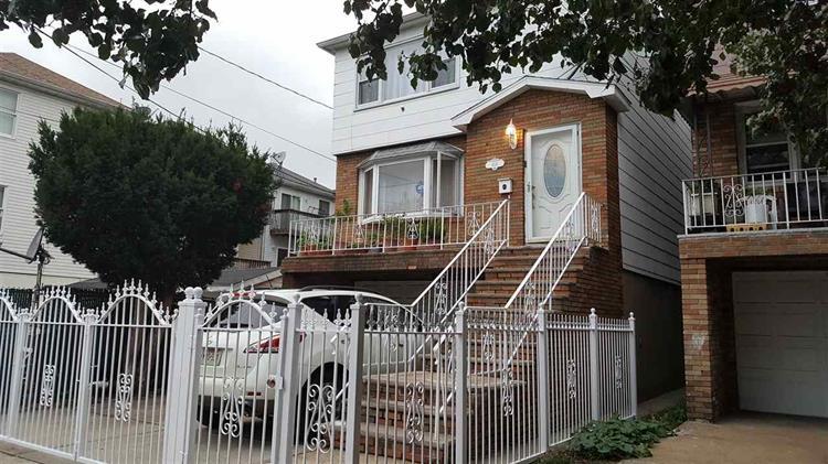 406 Ege Ave 1, Jersey City, NJ - USA (photo 2)