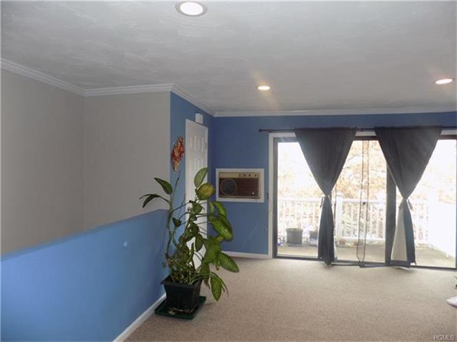152 Sneden Place 152, Spring Valley, NY - USA (photo 3)