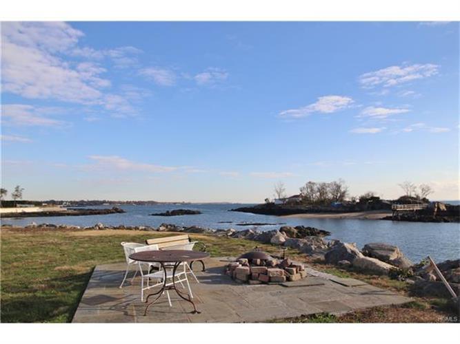 5 Hampton Oval, New Rochelle, NY - USA (photo 3)