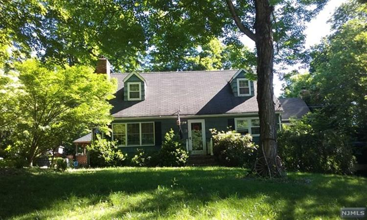23 Riverview Road, West Milford, NJ - USA (photo 2)