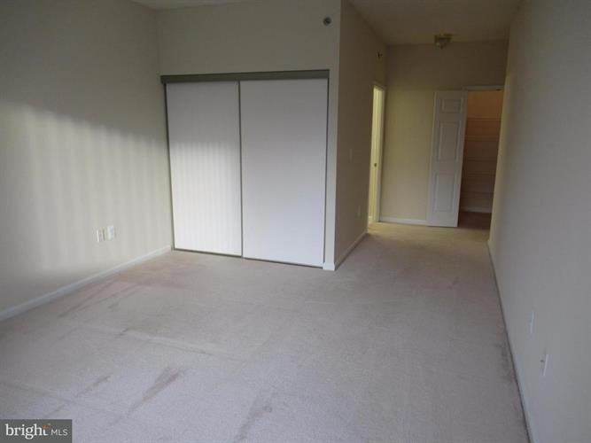2901 Leisure World Boulevard S 114, Silver Spring, MD - USA (photo 5)