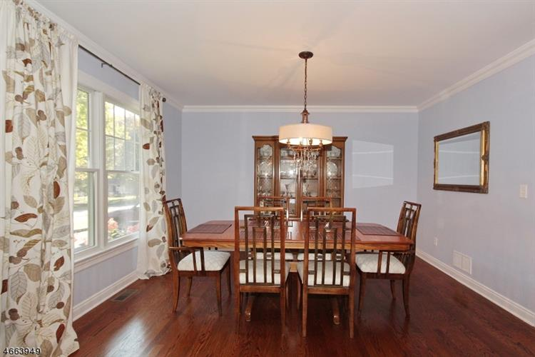 25 Orion Rd, Berkeley Heights, NJ - USA (photo 2)