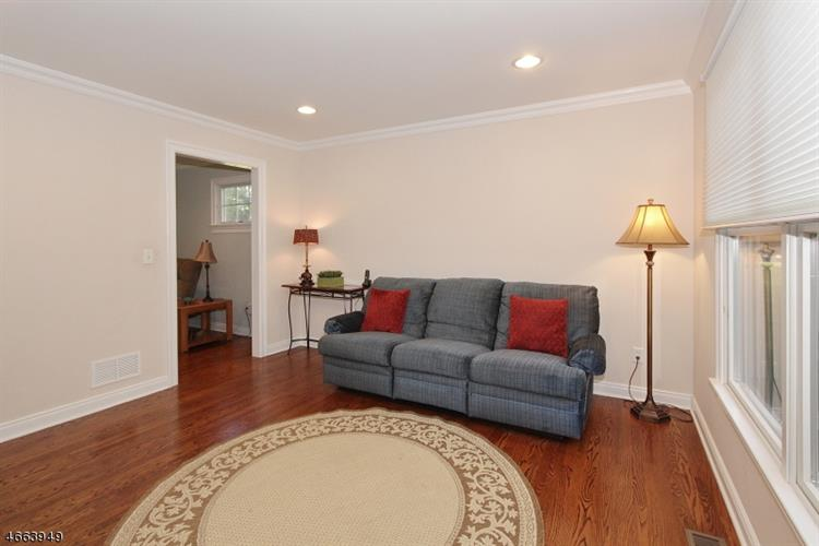 25 Orion Rd, Berkeley Heights, NJ - USA (photo 4)