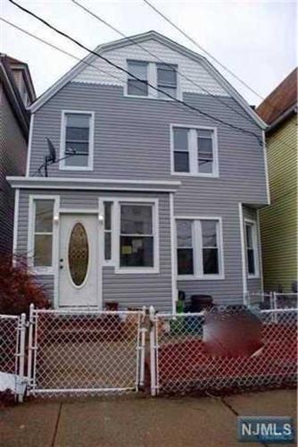 502 Chestnut Street, Kearny, NJ - USA (photo 1)