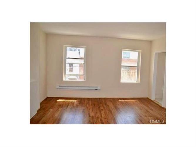 413 East 158th Street, Bronx, NY - USA (photo 4)