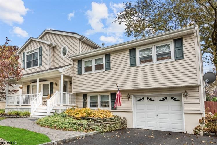 157 Vivian Ave, Emerson, NJ - USA (photo 1)