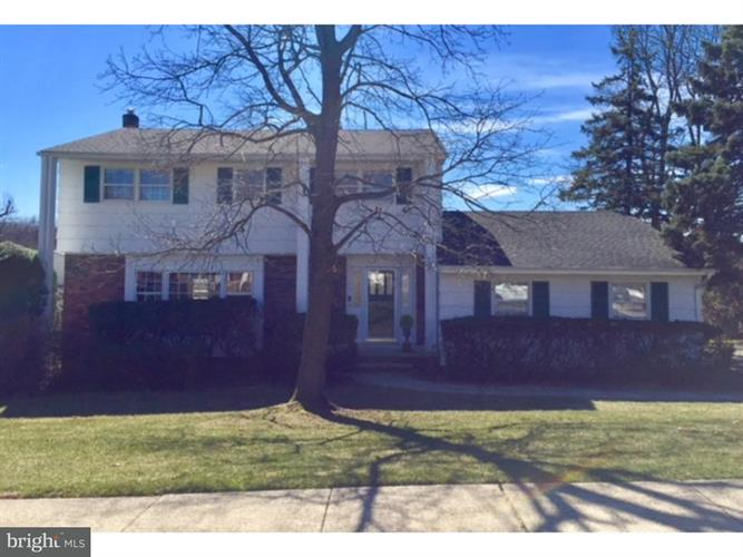 8 Jensen Road, Sayreville, NJ - USA (photo 1)