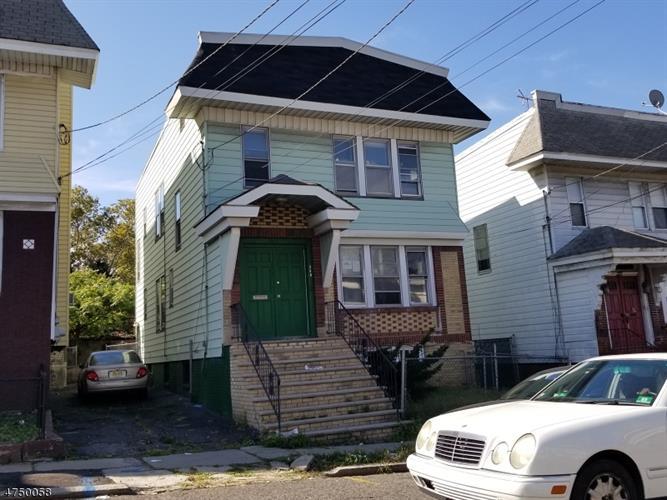 725 18th Ave, Irvington, NJ - USA (photo 1)