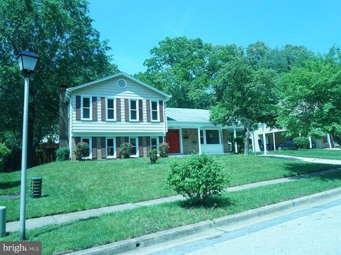 8404 Magnolia Drive, Lanham, MD - USA (photo 1)