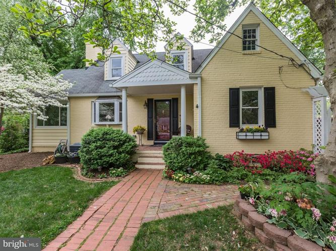6409 Potomac Avenue, Alexandria, VA - USA (photo 1)
