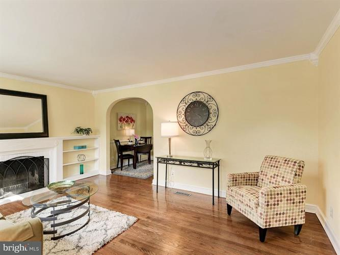 6409 Potomac Avenue, Alexandria, VA - USA (photo 4)