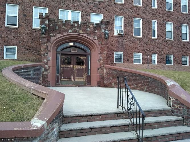 153 Franklin St  C5 C5, Bloomfield, NJ - USA (photo 1)