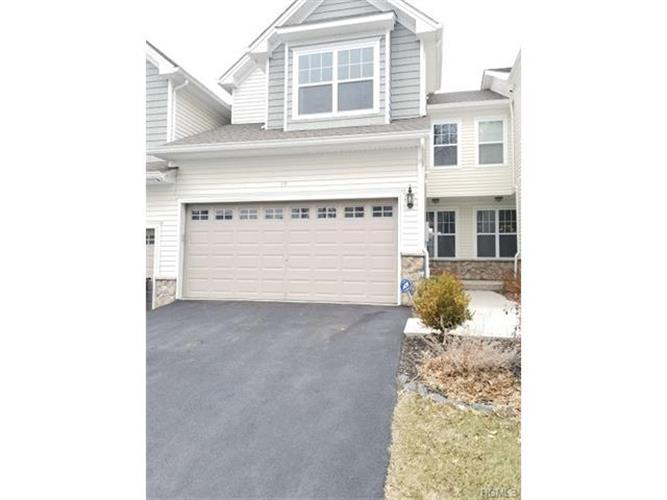 19 Meadow View Drive, Middletown, NY - USA (photo 1)