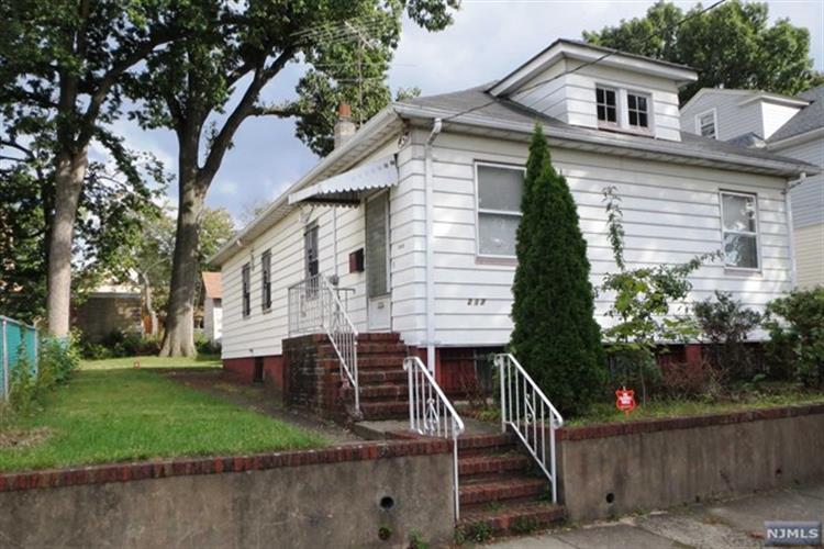 215-217 E 22nd St, Paterson, NJ - USA (photo 1)