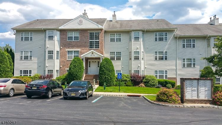 36 Mountainview Ct, Riverdale, NJ - USA (photo 1)