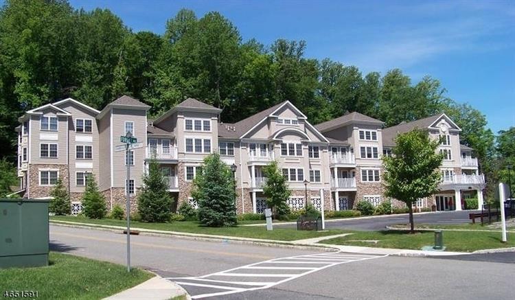 1110 Peer Pl, Denville, NJ - USA (photo 2)