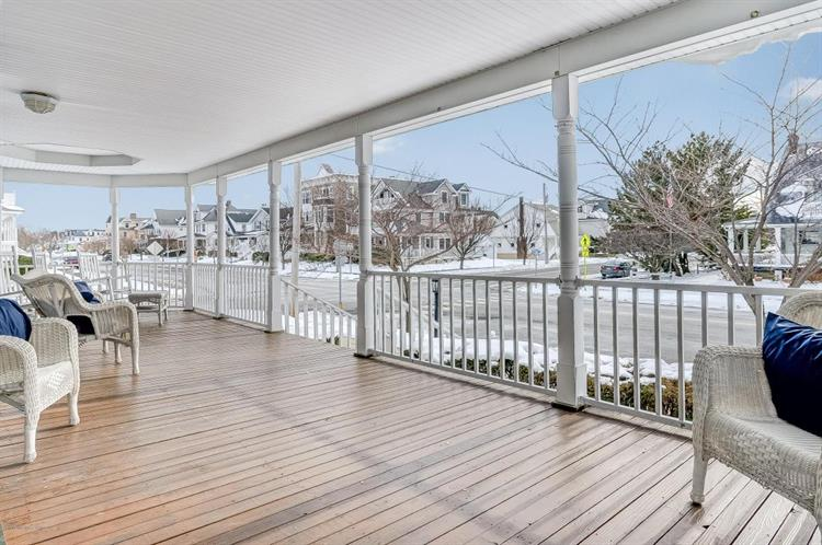 202 Sylvania Avenue, Avon By The Sea, NJ - USA (photo 3)