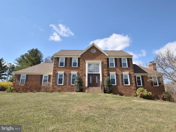 10546 Knollwood Drive, Manassas, VA - USA (photo 2)