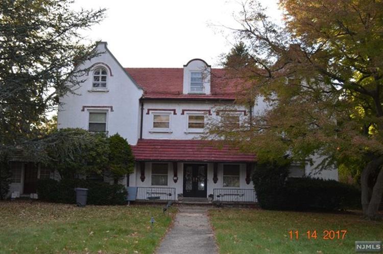 368 Ridgewood Avenue, Glen Ridge, NJ - USA (photo 2)