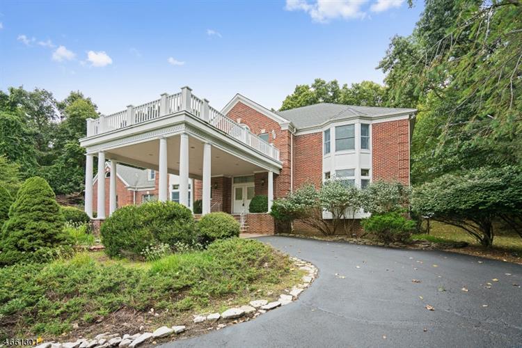 11 Beacon Hill Dr, Chester, NJ - USA (photo 2)