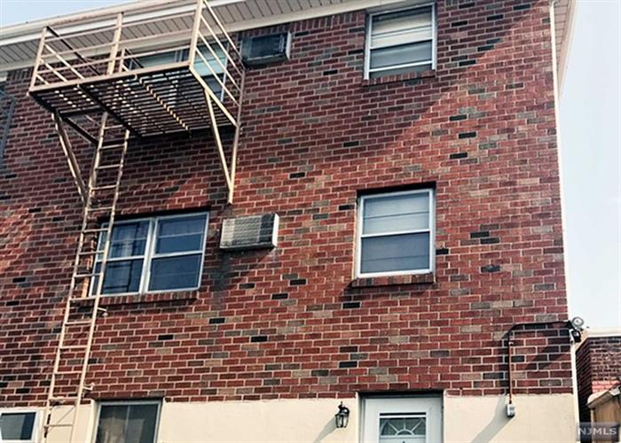 313 Anderson Avenue G, Fairview, NJ - USA (photo 4)
