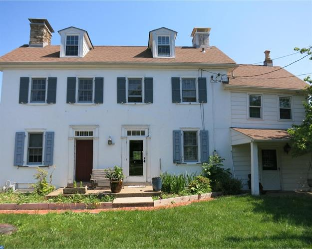 2375 Forest Grove Rd, Furlong, PA - USA (photo 1)