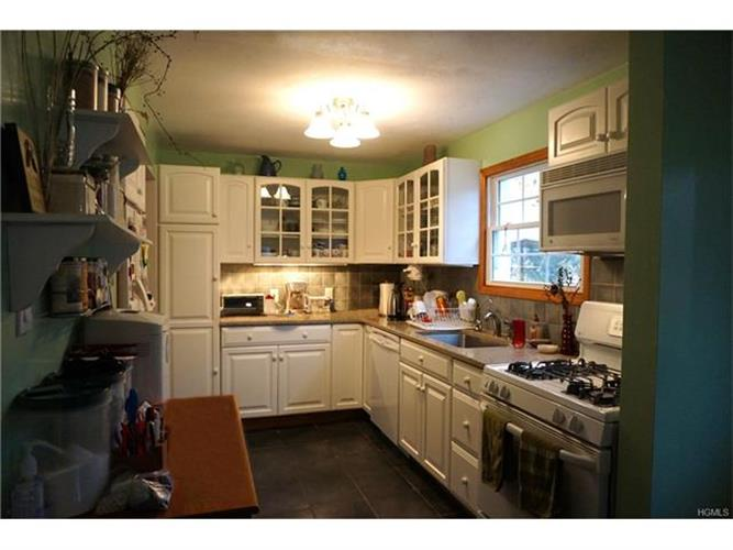 449 All Angels Hill Road, Hopewell Junction, NY - USA (photo 2)
