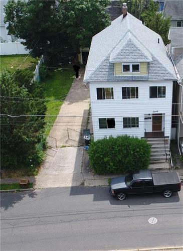 18 Ambrose Street, Franklin Twp, NJ - USA (photo 2)