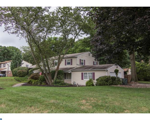 1580 Buck Hill Dr, Huntingdon Valley, PA - USA (photo 2)